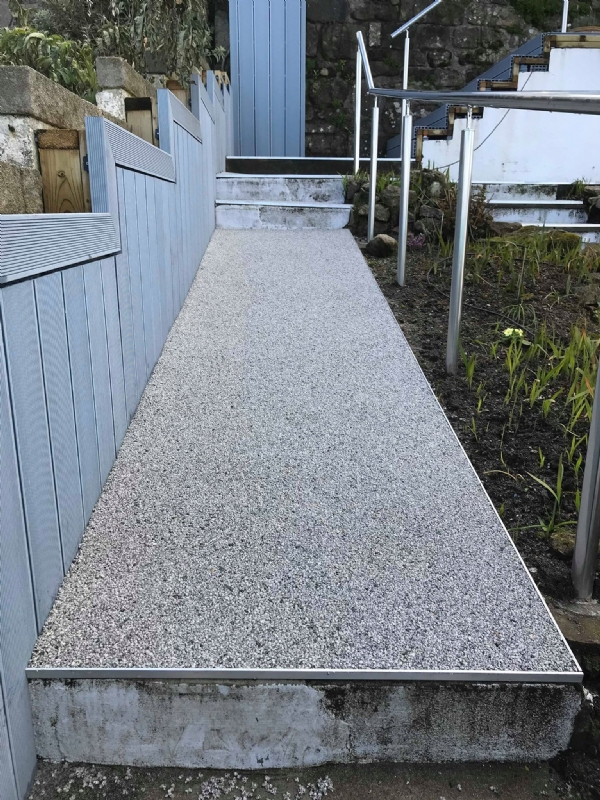 Oltco Resin Bound Gravel Driveway Specialists Have Paving For Steep Pathways And Steps