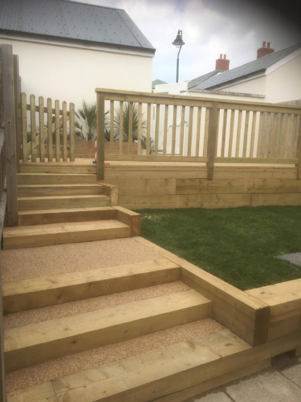 Oltco Resin Bound Gravel Specialists | Add A Touch Of Class To Decking
