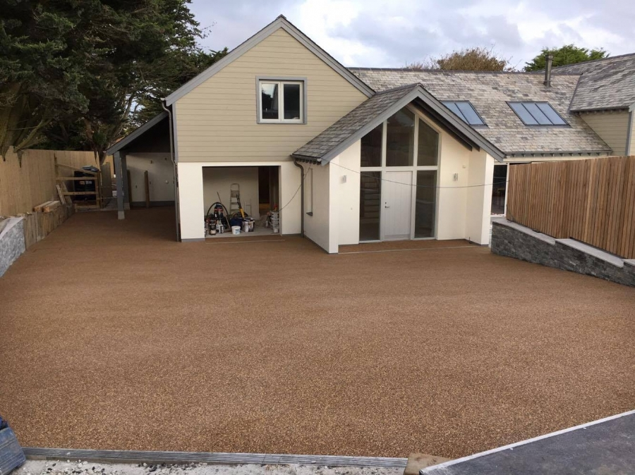 Low Maintenaince Driveway for Holiday Homes