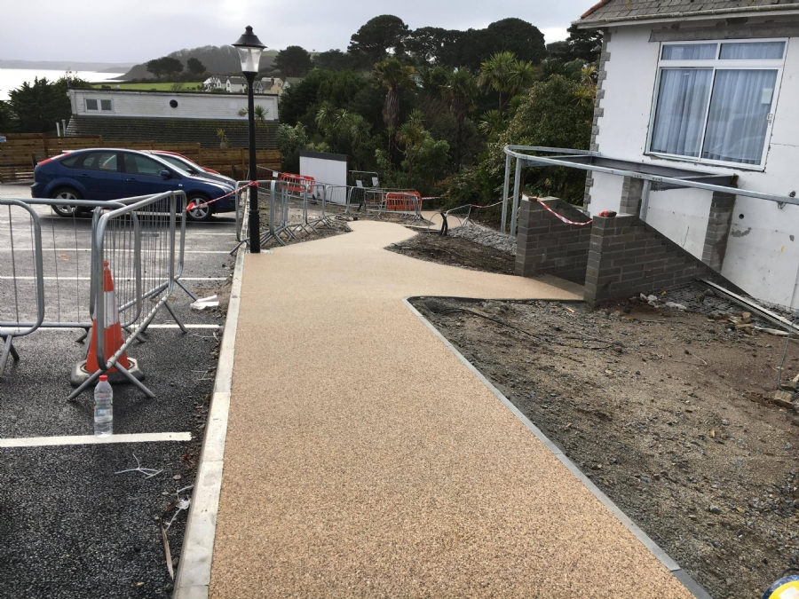 Resin Bound Gravel Pathways