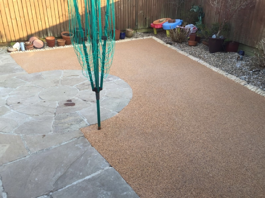 Resin bound gravel courtyard