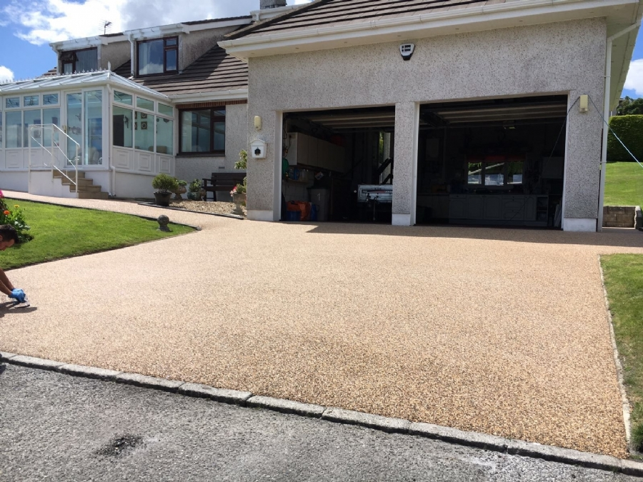 Driveway, patio and path resurfacing