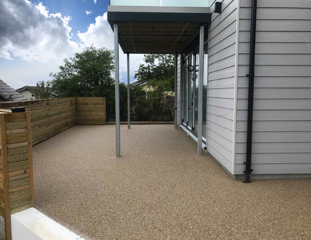 Oltco Resin Bound Gravel Driveways Cornwall | Projects | A low maintenance surface for a modern house in Newquay