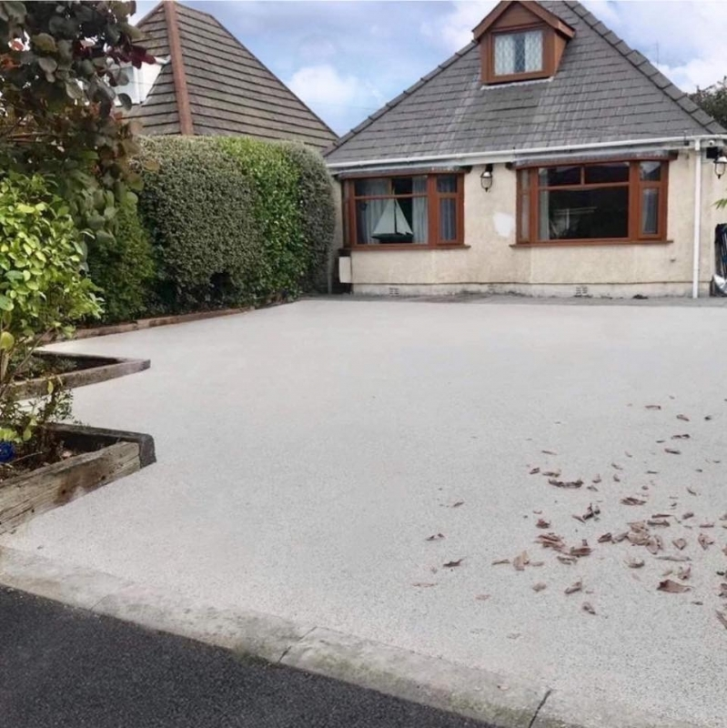 Oltco Resin Bound Gravel Driveways Cornwall | Projects | Easy to maintain surface