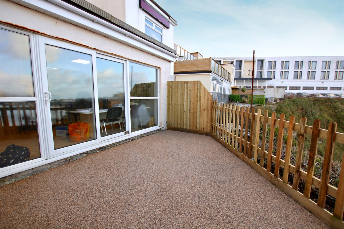 Oltco Resin Bound Gravel Driveways Cornwall | Projects | Refurb with a view