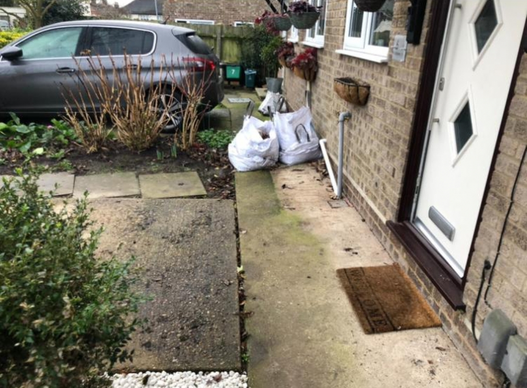 Oltco Resin Bound Gravel Driveways Cornwall | Projects | Oltco transforms property in Colchester with Recycle Bound Resin Driveway