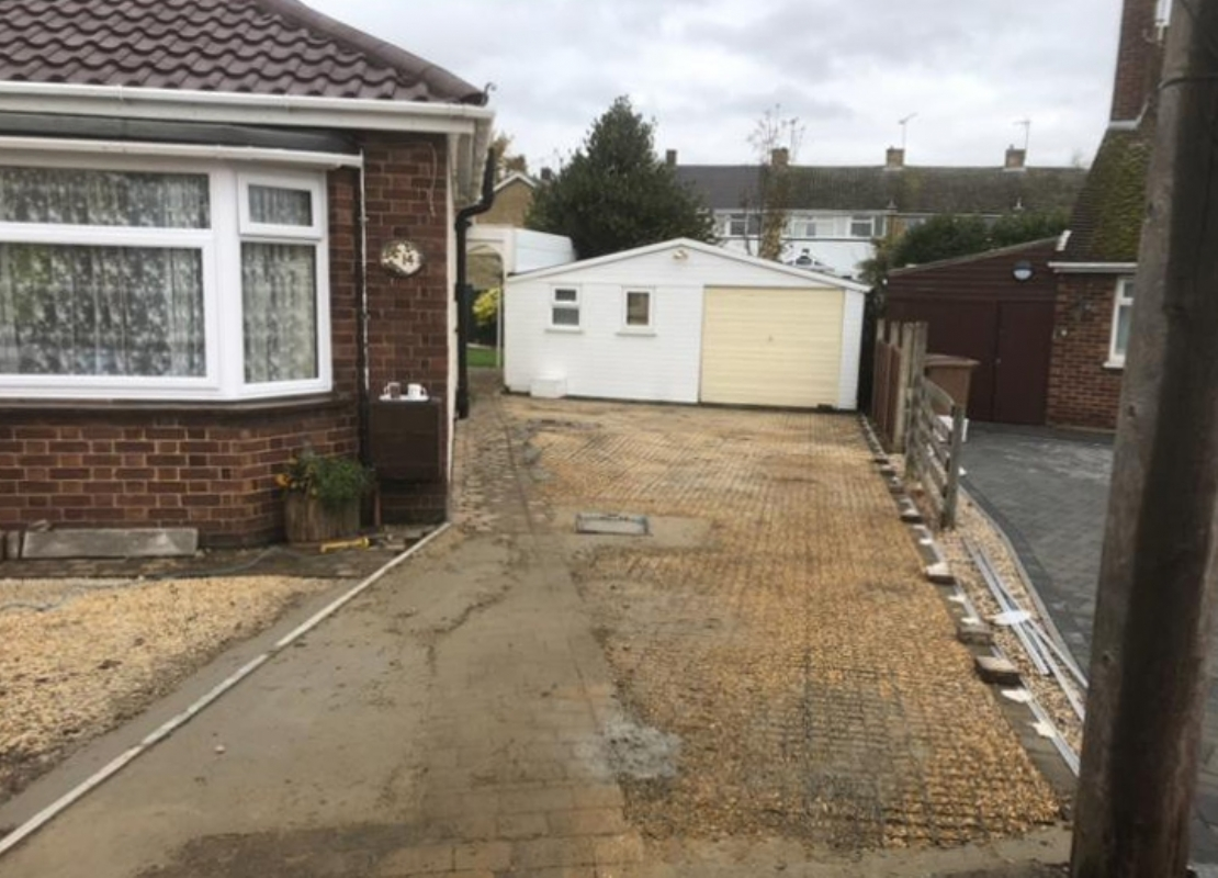 Oltco Resin Bound Gravel Driveways Cornwall | Projects | Oltco Colchester creates anti-slip, sustainable Resin driveway in Chelmsford, Essex
