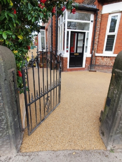 Oltco installs driveway to transform family home