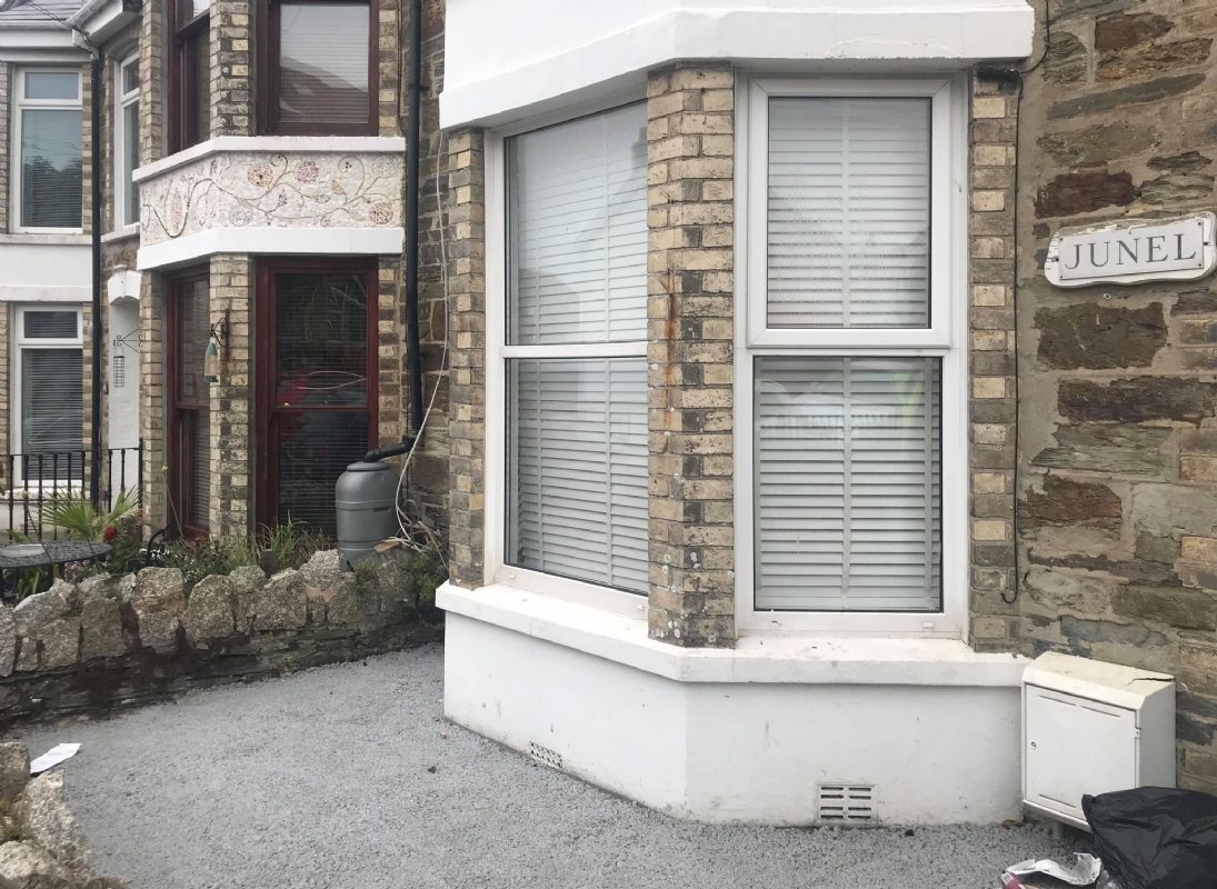 OLTCO CORNWALL ADDS KERB APPEAL TO CUSTOMER'S PROPERTY