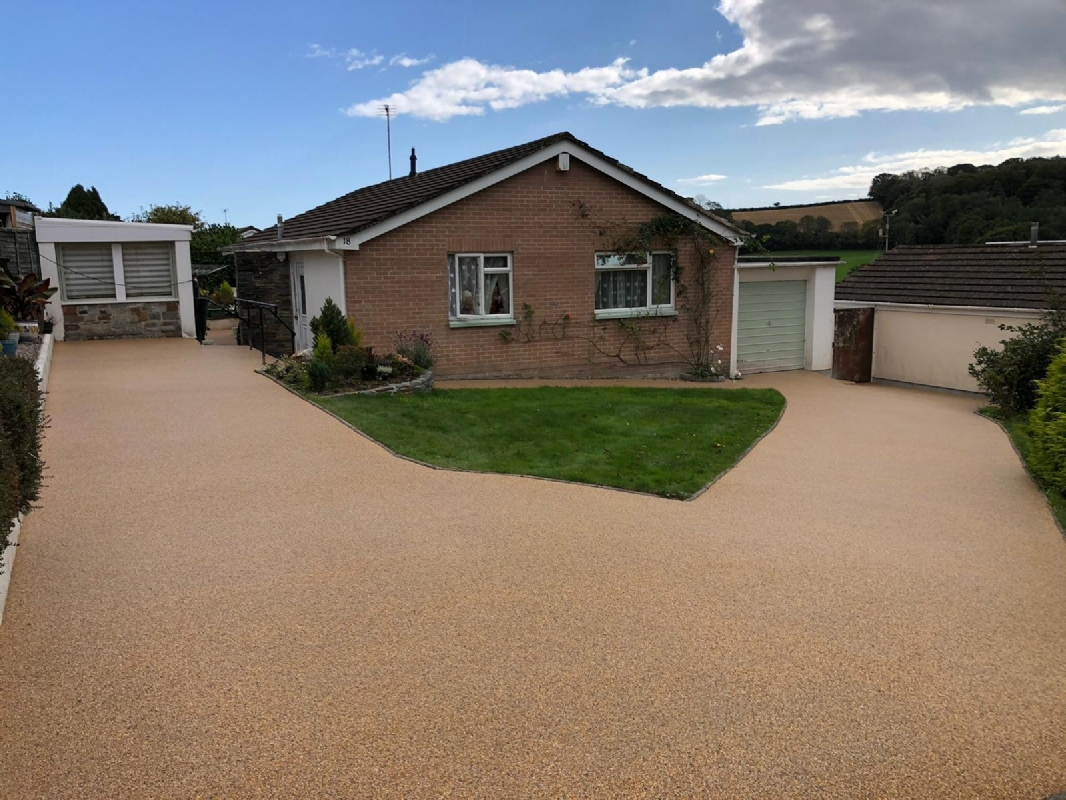 sustainable resin driveway company in Plymouth installs Recycle Bound patio, pathway and driveway