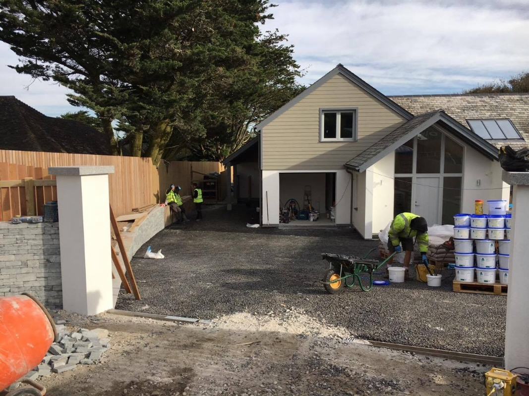 Oltco Resin Bound Gravel Driveway Specialists Install Low Maintenance Driveways For Holiday Homes