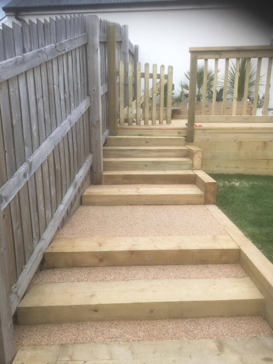 Adding a touch of class to decking
