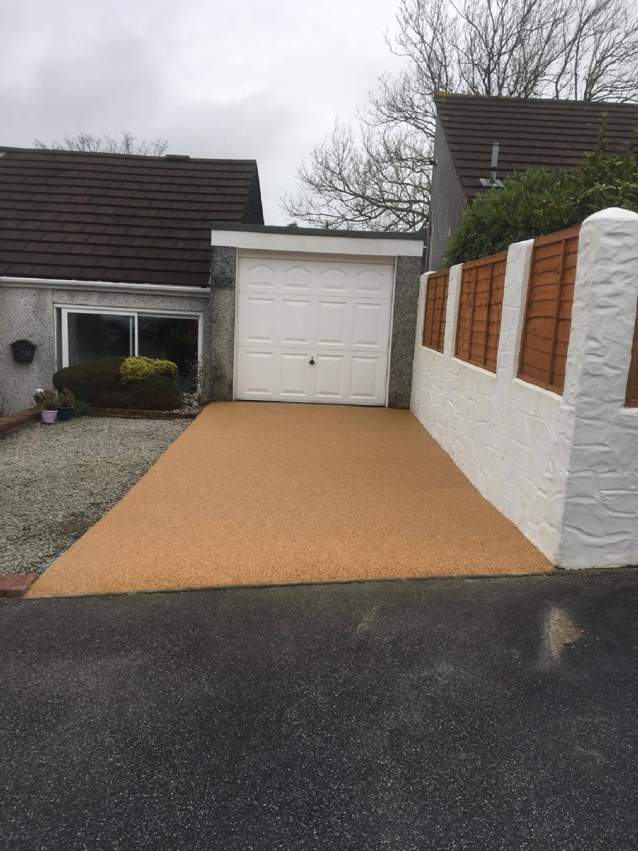 Replacing concrete with Resin Bound Gravel