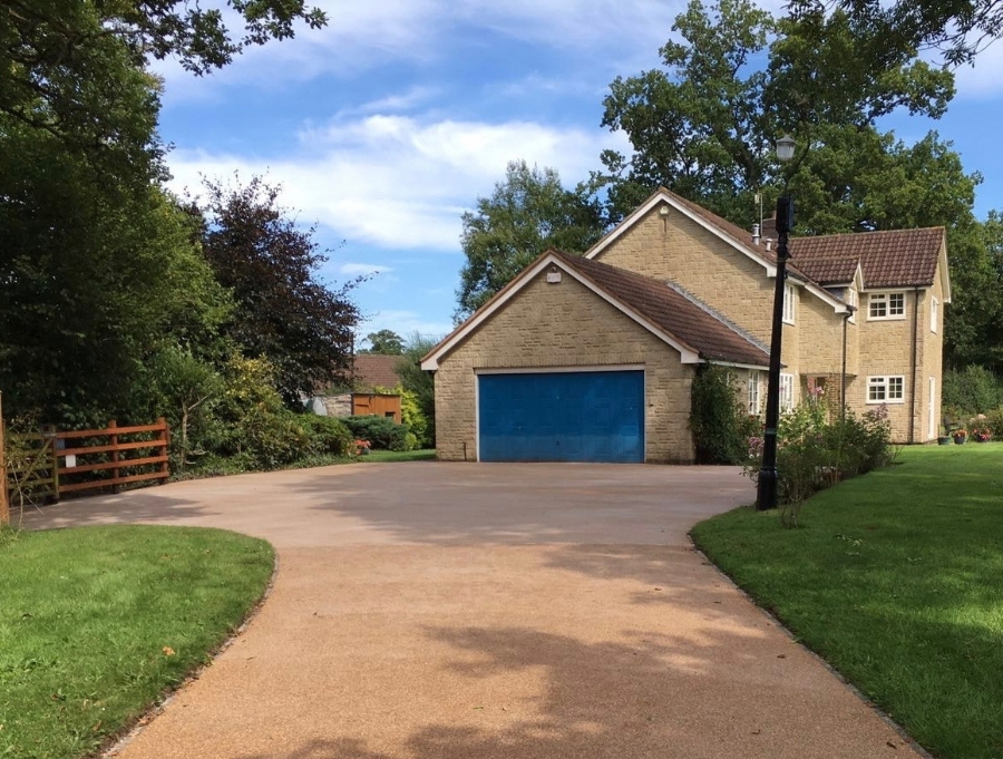 Driveway to withstand horses and 4x4's