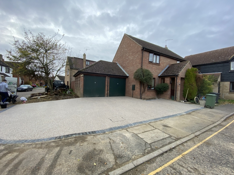 Oltco Colchester uses resin bound to expand a customer's driveway